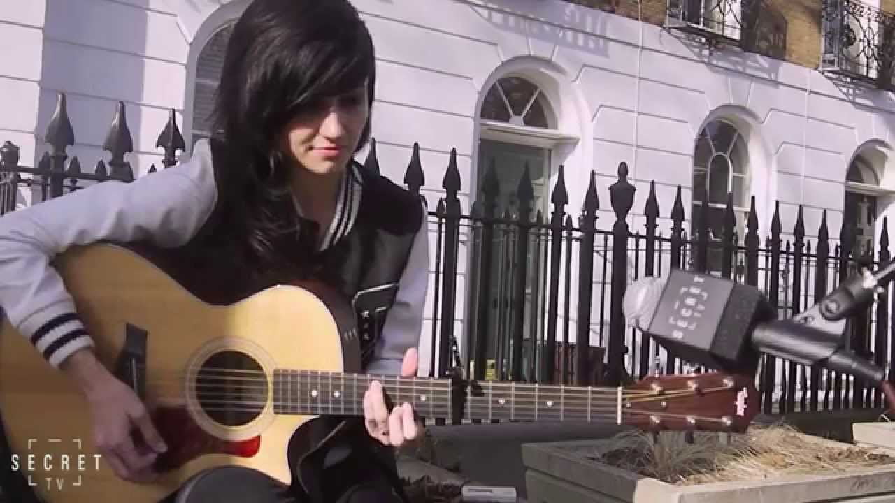 LIGHTS - Where the Fence Is Low (Live Acoustic) & LIGHTS - Where the Fence Is Low (Live Acoustic) - YouTube