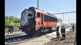 Sérült üzemanyagtartály miatt égett ki egy mozdony Vépnél