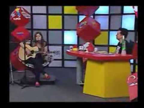 Laura Souguellis canta Owner of My Heart - Nunca é Tarde (Pr. Lucinho)