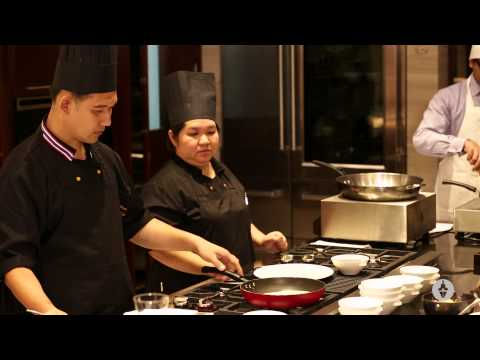 Cooking Thai Food At Home – Pad Thai Gung Sod with Chef Nuanpenthumasa and Chef Phonganan.