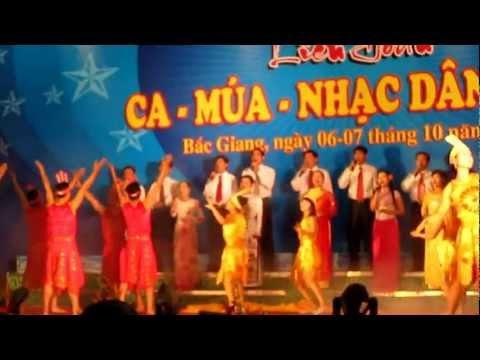 Ngay hoi van hoa cac dan toc tinh Bac Giang 2012.flv