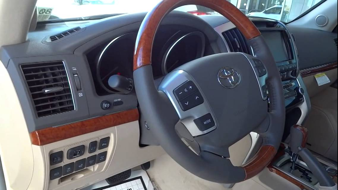 Maxresdefault on Toyota Prado 2012 Interior