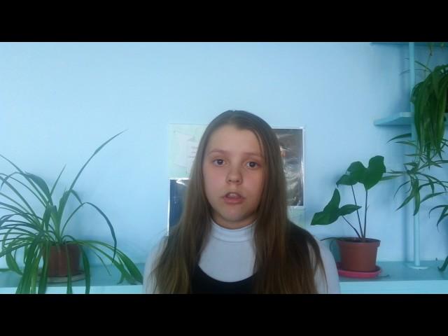 Изображение предпросмотра прочтения – ВалерияБобылева читает произведение «Майор привез мальчишку на лафете» К.М.Симонова