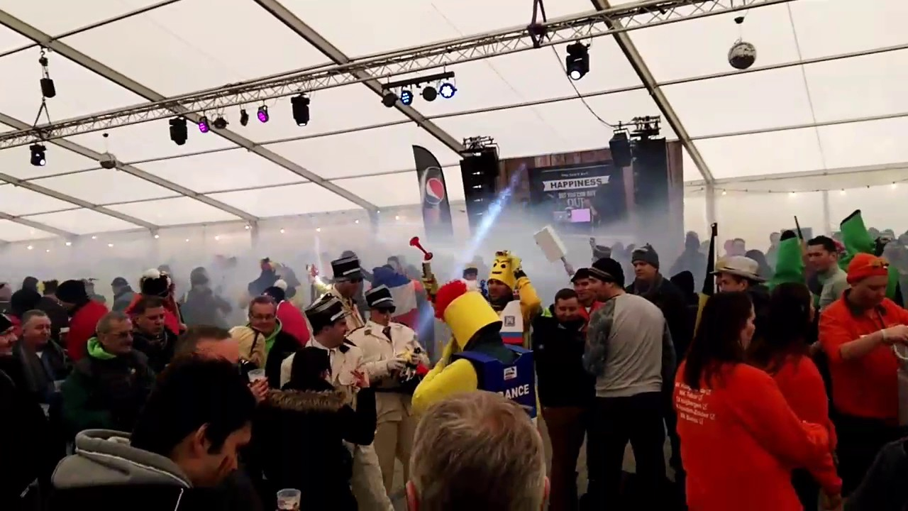 Beer tent madness. Bieles CX 2017 & Beer tent madness. Bieles CX 2017 - YouTube