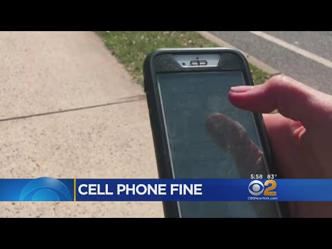 Stamford Proposes Possible Ban On Distracted Walking