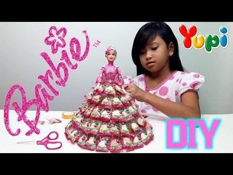 Mainan Anak Boneka Barbie 💖 Membuat Baju Barbie dari Permen Yupi 💖 Lets Play Jessica 💖