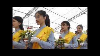 Dâng hoa cúng dường - Mừng Phật Đản 2016 tại chùa Địa Tạng, Hà Nam
