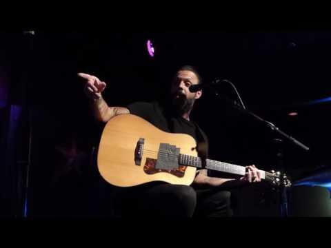 Justin Furstenfeld (Blue October) - Hate Me w/Italian Radio intro Acoustic Corpus Christi Tx.
