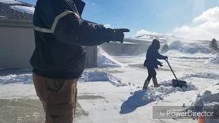 Winter Struggle in North Dakota||Life in North Dakota