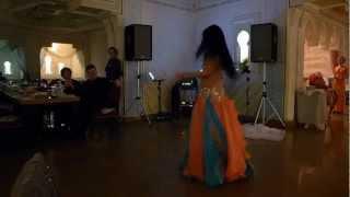Восточный танец - ресторан Баку, танцовщица Ирэна