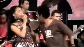 Dangdut Jawa : Mblebes - Evi P & Brodin