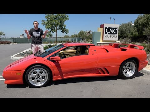 The Lamborghini Diablo VT Roadster Was a Crazy 1990s Supercar
