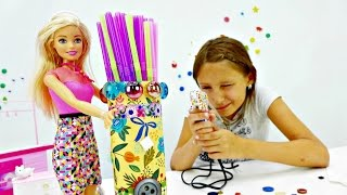 Барби и подставка для трубочек.Видео для девочек.Поделки своими руками из бумаги