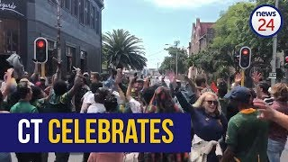 WATCH   Cape Town supporters flood city streets to celebrate Bok win