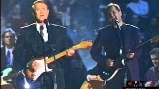 Glen Campbell & Steve Wariner Perform