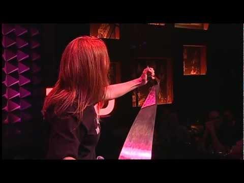 Natalia Paruz: Playing the musical saw