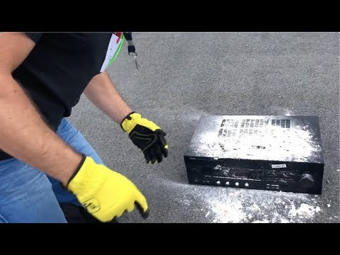 How to clean your old stereo amplifier