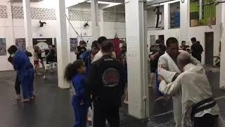 Treino de Muay Thai na Aguia Thai Sede
