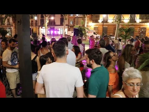 VÍDEO: Estuvimos en la inauguración de la terraza 'Garden Club' en El Coso