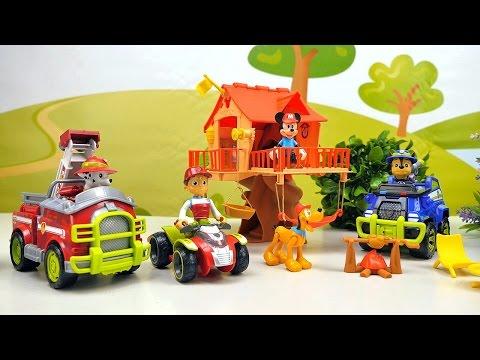 Видео про Игрушки Микки Маус и его ДОМИК НА ДЕРЕВЕ. Щенячий Патруль спасает Плуто от Паука