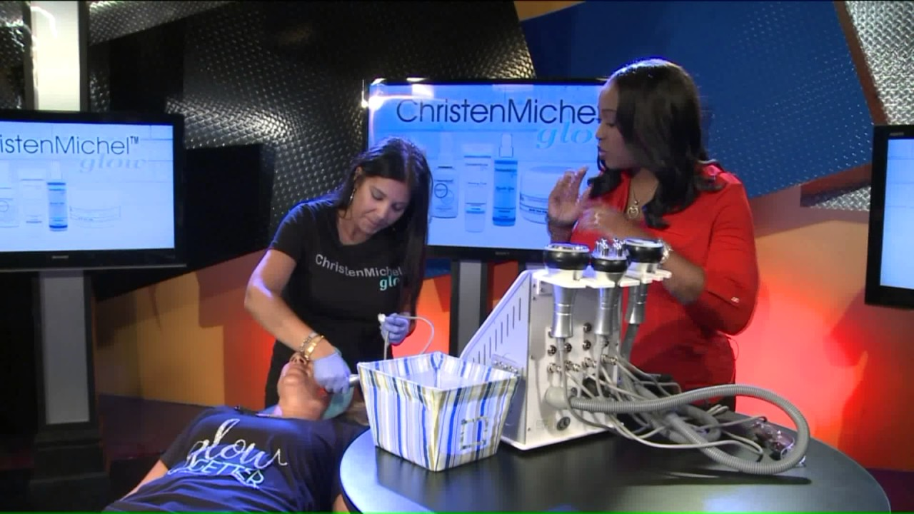 Christen Michel demonstrates new skin tightening machine