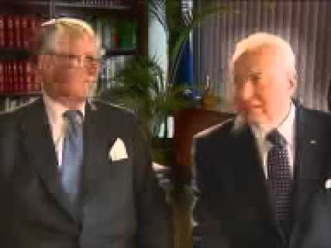 Referendum Whitlam and Fraser join in  a Yes vote ad - thus winning many votes for the No case.