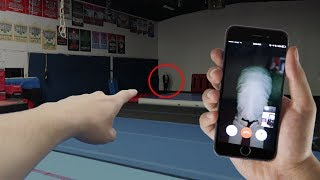 CALLING SLENDER MAN ON FACETIME (HE CAME IN PERSON) | DO NOT FACETIME SLENDER MAN AT 3 AM!