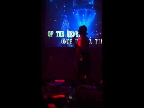 Bachelorette karaoke!