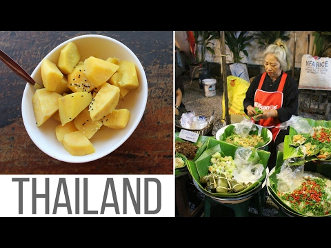 FIRST NIGHT IN CHIANG MAI, THAILAND | Night Markets and Vegan Thai Food | Vlog #16