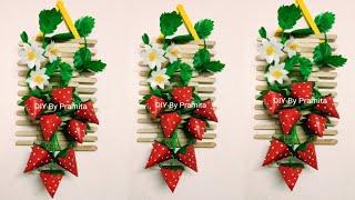 Kerajinan Tangan Hiasan Dinding Strawberry dari Stik Es Krim dan Plastik Kresek-Popsicles Craft