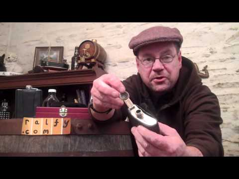 whisky review 203 - Advice about whisky hip-flasks