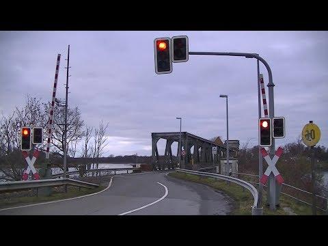 Spoorwegovergang Rieseby (D) // Railroad crossing // Bahnübergang