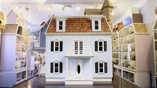 Miniature Dollhouse Renovations Mirror Real Life