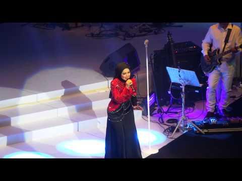 Jaga Dia Untukku (Lagu Baru) - New Song  (Konsert Where The Heart Is) - Siti Nurhaliza