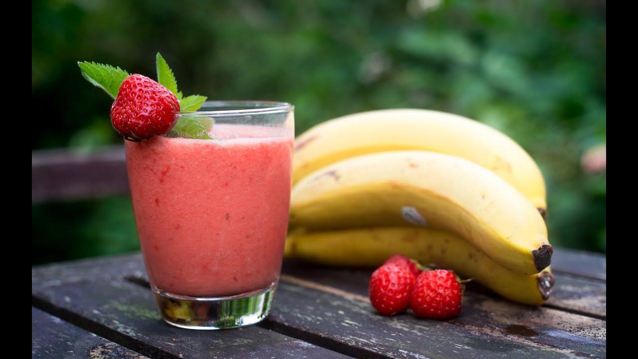 erdbeer bananen smoothie schüssel