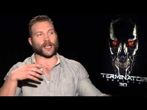 Jai Courtney shows off his 'Suicide Squad' beard