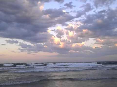 Pacific Ocean, Australia - Piano Music by Jessica Roemischer