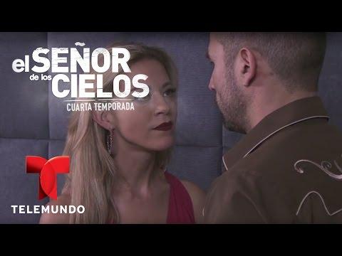 El Señor de los Cielos 4   Aurelio intenta seducir a Mónica   Telemundo Novelas