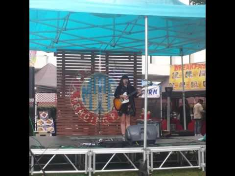 Melrose Music Sundays - Laura Jean Anderson - 2016 at the Melrose Trading Post