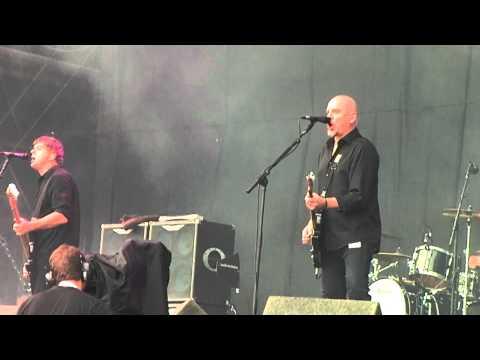 V Festival 2012 The Stranglers - Peaches (Live)