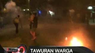 Tawuran Warga Di Kramat Jati,  Warga Gunakan Senjata Tajam Dan Bom Molotov - iNews Pagi 21/09