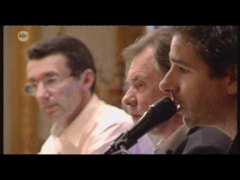 05/07/12: Klaas Delrue (Yevgueni) zingt Veel Te Mooie Dag voor Rob Goris in Vive Le Vélo
