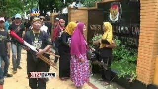 Download Video Ormas Tikus Pithi Tuntut Dibukanya Pendaftaran Capres Independen MP3 3GP MP4