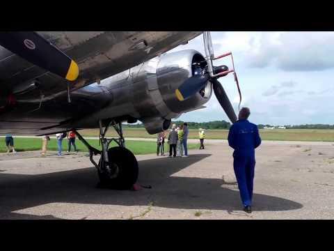 "DC-3 ""Daisy""  landing on the Aleksotas airfield (EYKS, Kaunas)"