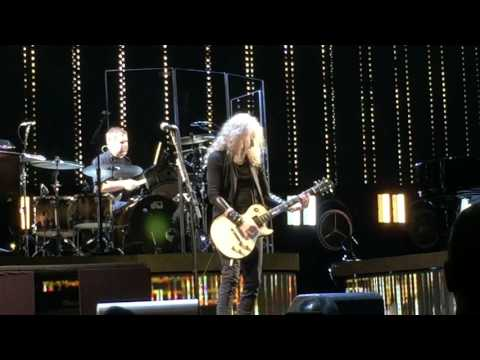 Stevie Nicks and Waddy Wachtel Columbus Ohio 3/17/17
