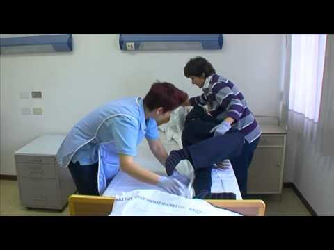 3a igiene utente allettato doovi - Mobilizzazione paziente emiplegico letto carrozzina ...