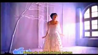 Indah Dewi Pertiwi - Aku Tak Berdaya (Robetkoko Video + English Sub) - YouTube.flv