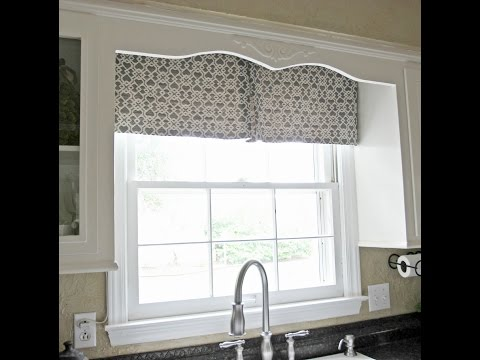 DIY Kitchen Window Curtain