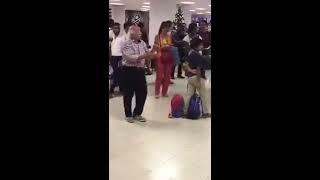 මෙන්න ලංකාවෙ AIRPORT(BIA) එකේ අලුත් වැඩක්👌🏽😜😜 PASSENGERS ලට සැපේ ඉන්න පුලුවන් 😂😂 ()