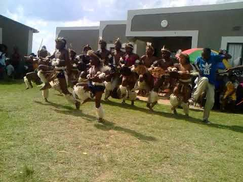 Insingizi encome Zulu dance